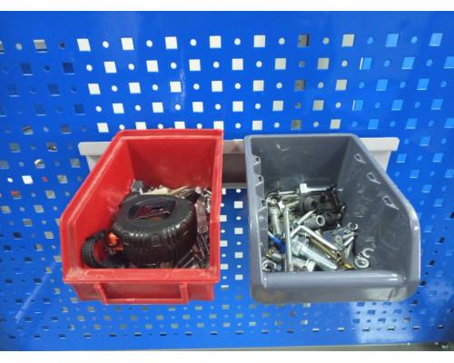 Кронштейн для пластиковых ящиков